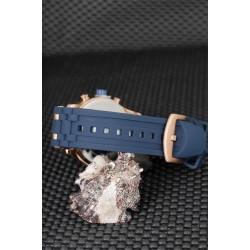 Lacivert Renk Silikon Kordon Tasarımlı Bronz Renk Metal Kasa Erkek Saat